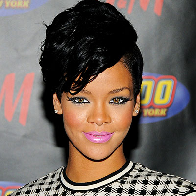 121608 rihanna 400x400 Back to School: 2011