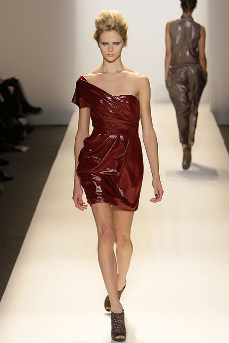 Lela Rose FALL RTW 2010 RUNWAY 021 runway Are you a Broke Girl that Loves Designer?