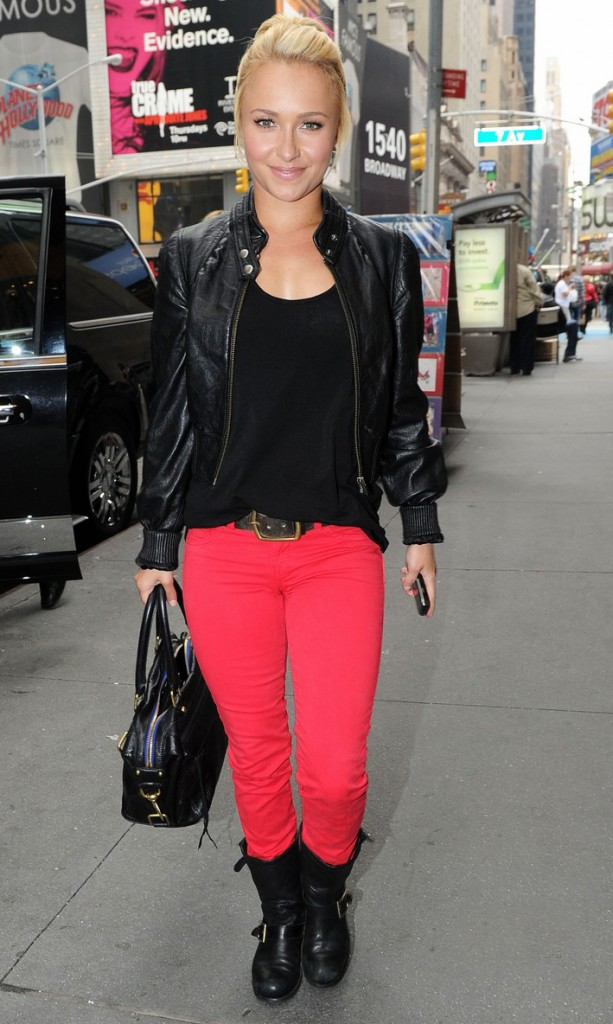 hayden panettiere bright red pants times square 06 613x1024 Trend Alert: Red Jeans