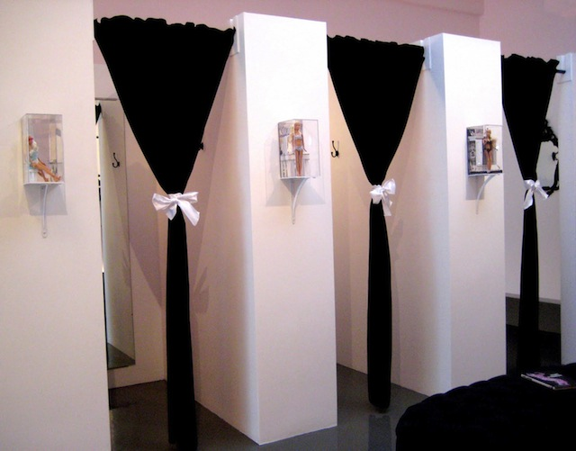 DRESSING_ROOMS