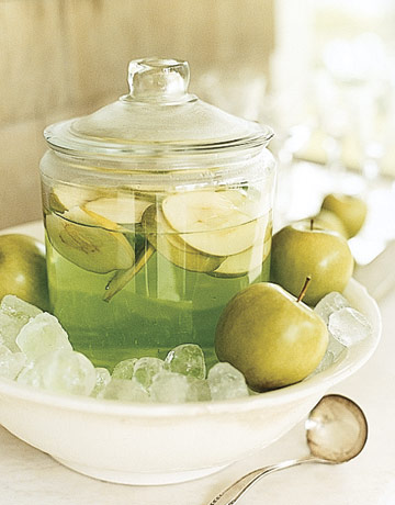 Apple martini jar ENTERT0505 de 87312868 Healthy Mocktails for Your New Years Resolution