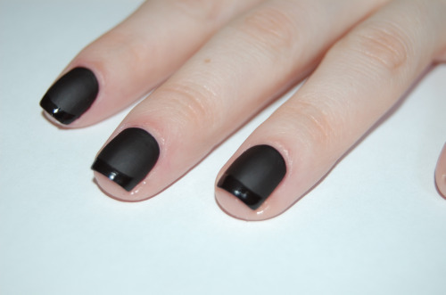 Matte nail varnish Look Out for This Years Top Beauty Trends