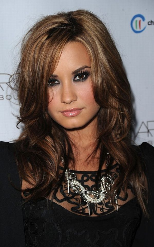 demi lovato picture 1311361040 Look Out for This Years Top Beauty Trends