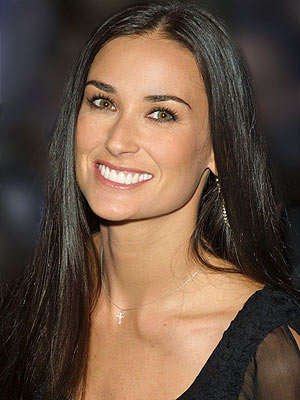 demi moore1 300 400 Look Out for This Years Top Beauty Trends