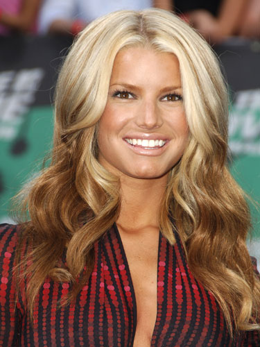rby mtv movie awards jessica simpson lgn Look Out for This Years Top Beauty Trends