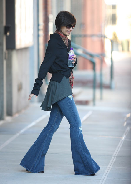 katie1 Trend Alert: Are Flare Jeans Coming Back?