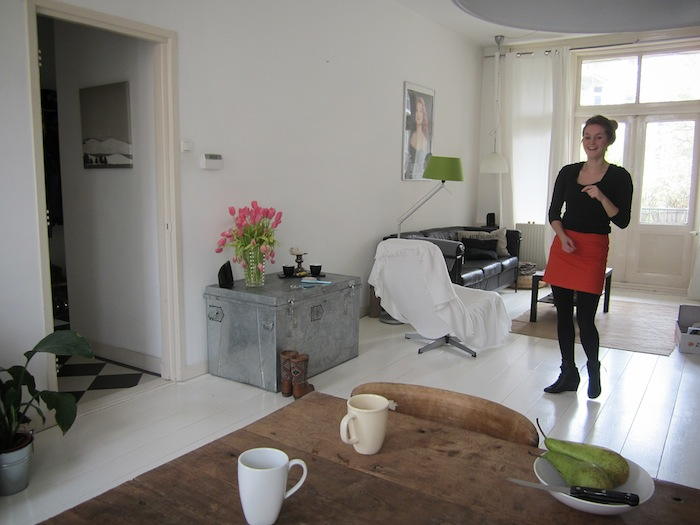 p6 Budget Decor: Paul and Evis Modern Amsterdam Apartment