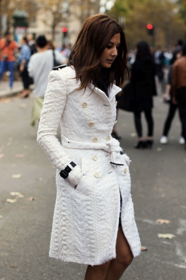 Christina Centenera in Burberry Prorsum Fall 2011 3 No White After Labor Day? Not On Our Watch!