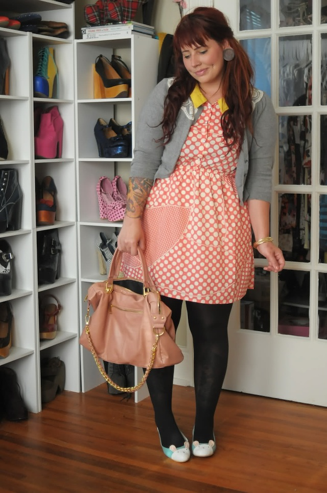 Beautiful summer dresses: Summer dress with black tights