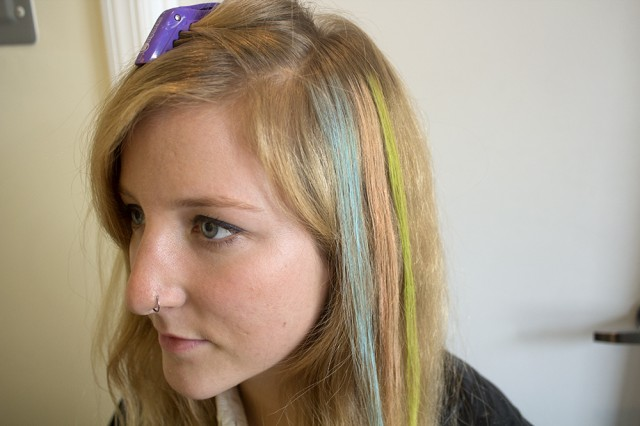 HC 5 640x426 Hair Chalking Tutorial: Perfect Pastel Locks for Spring