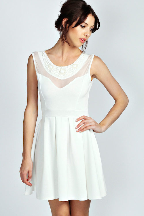 boohoo graduation1 11 Graduation Dresses: for College and High School Seniors