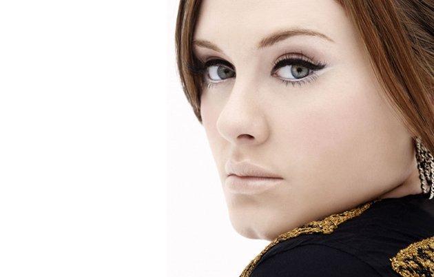 white eyeliner adele Trend Alert: White Mascara