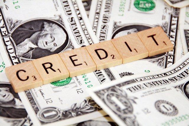 credit-score-money