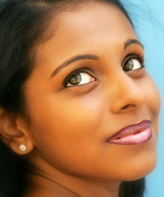 lip-liner-closeup