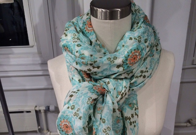 Scarf-featured-old-navy
