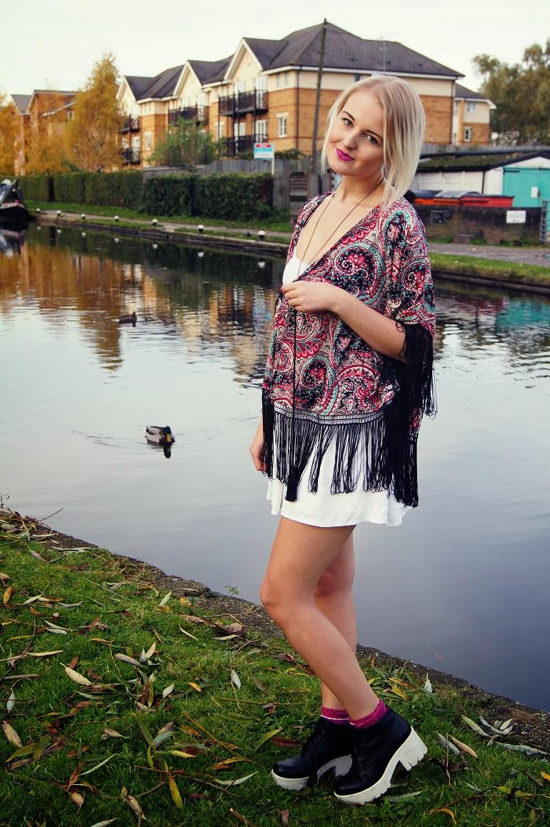 blogger-velvet-daisy-kimono