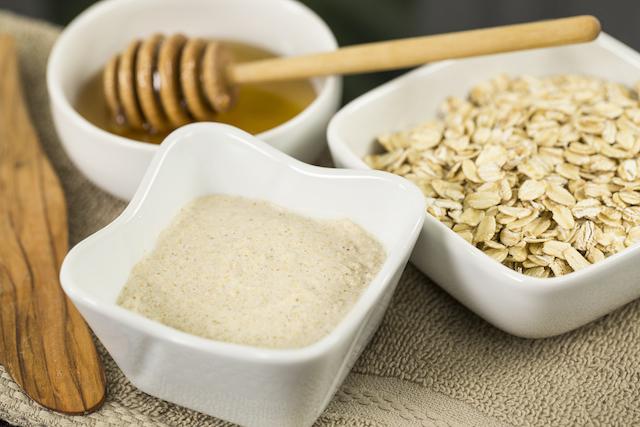 Organic Oatmeal Cleansing Exfoliator