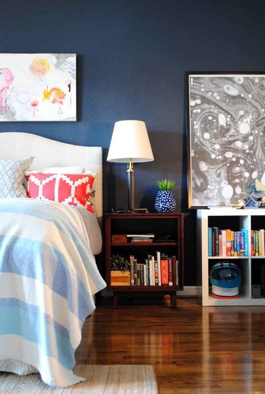 statement wall1 The 5 Easiest Ways to Upgrade Your Apartment This Fall