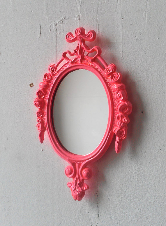 Swooning over this pink mirror!