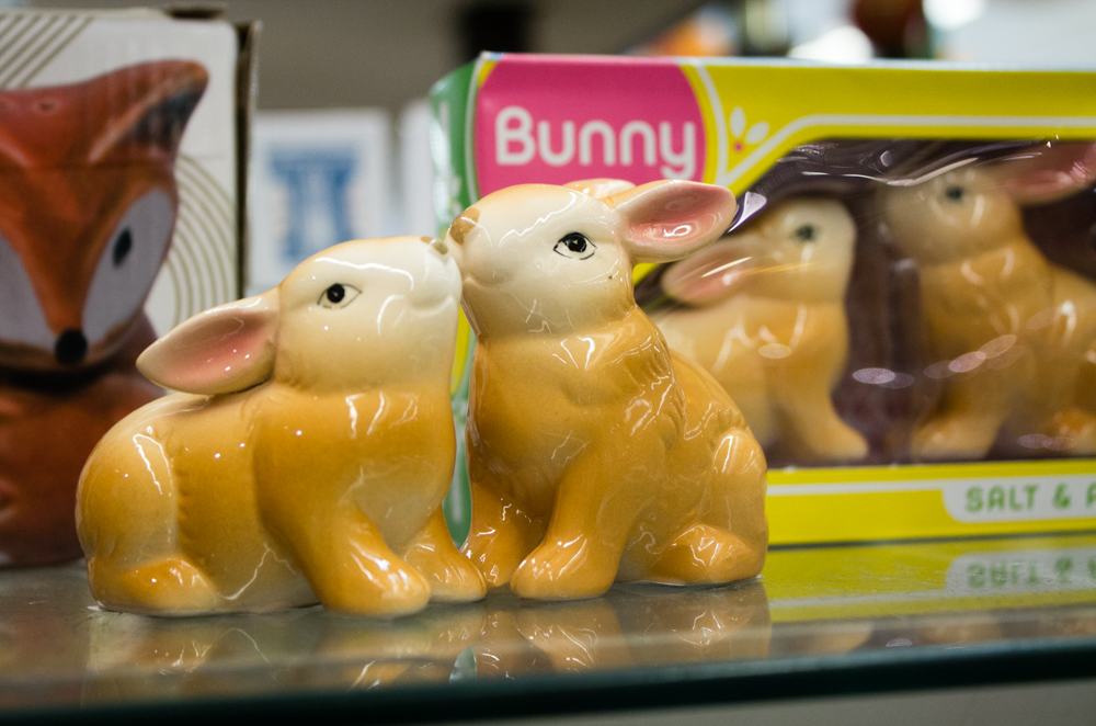 The cutest salt and pepper shakers EVER!
