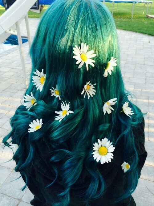 Teal hair don't care -- more off-beat hair colors on www.brokeandchic.com