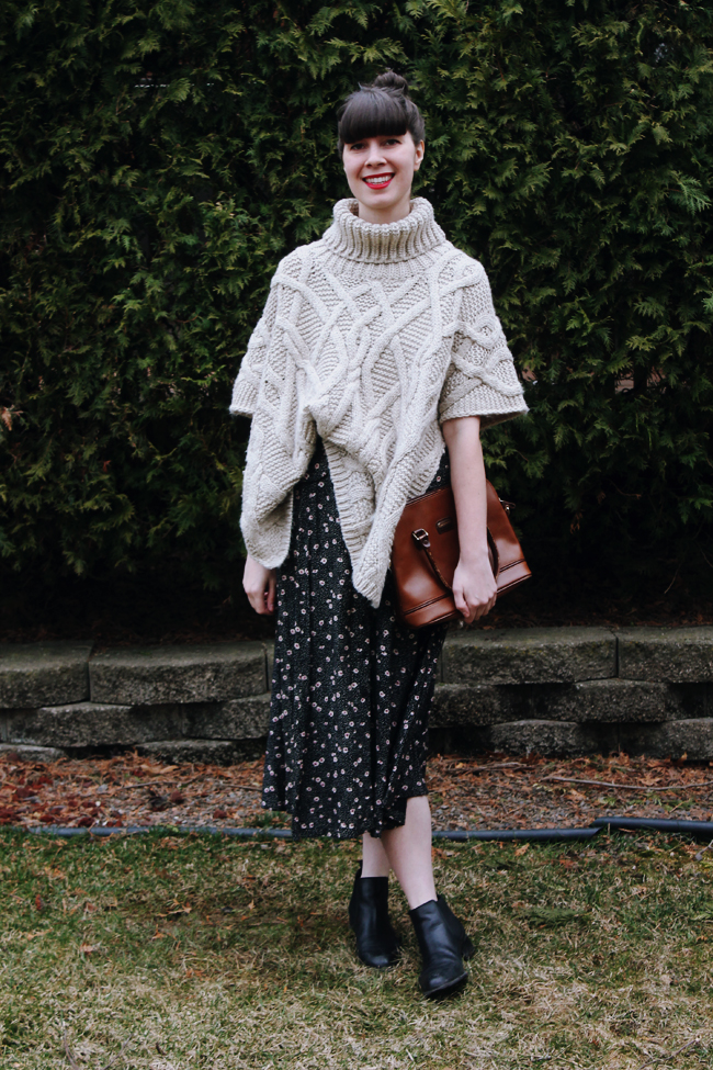 Oversized Knit + Maxi Dress = Perfect Spring Outfit!