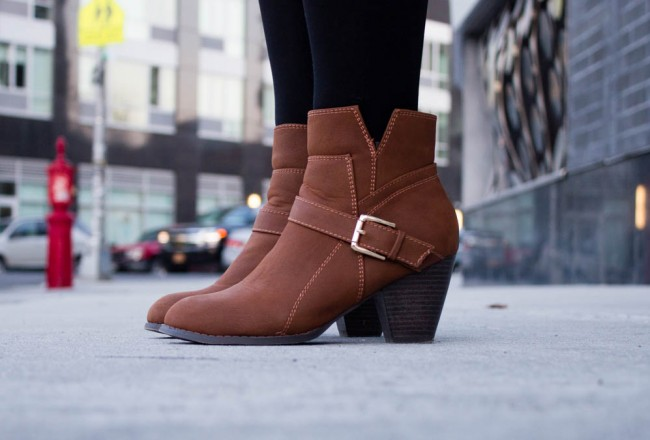 2 Different Ways to Wear Brown Boots this Spring