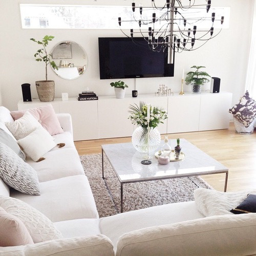 cheap easy ways to decorate your living room this summerbroke and