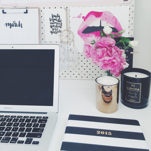 How to Set up a Home Office That Actually Inspires You // www.brokeandchic.com