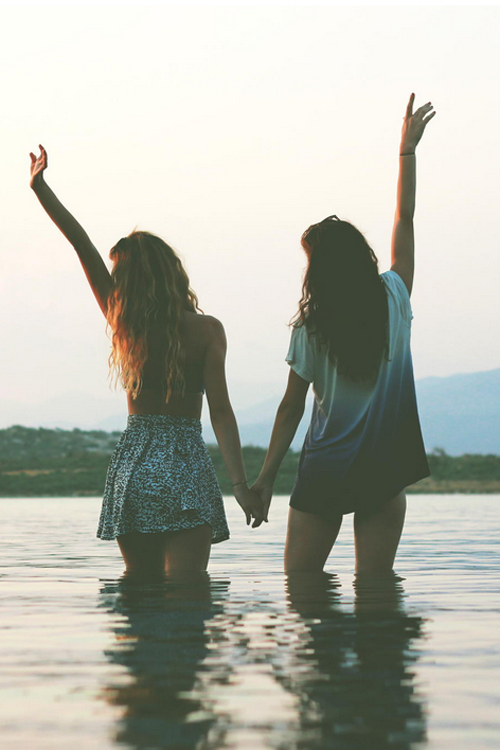Things Everyone Should Do With Their Friends // #brokeandchic