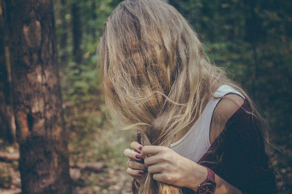 How to Stop Bad Hair Days Forever  // www.brokeandchic.com
