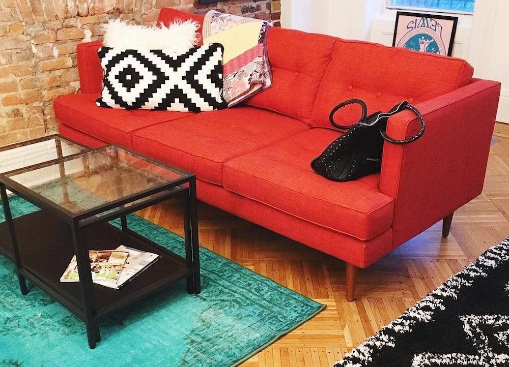 Want to Make Your Home More Inviting? Well Now You Can! // @brokeandchic