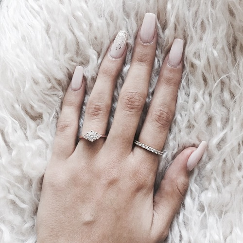 Simple yet pretty nail art
