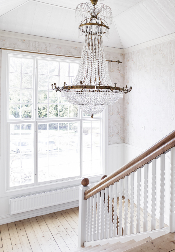 Crystal Chandeliers: Why They'll Never Go Out of Fashion