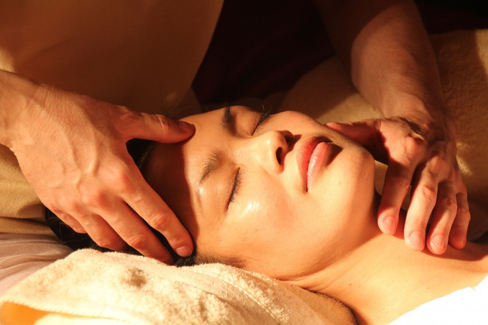 Skincare: Are Chemical Peels Better Than Laser Peels?