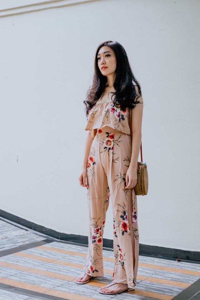 Airport Style Defined In 7 Easy Looks // www.brokeandchic.com