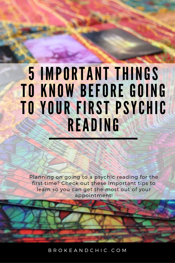 5 Important Things to Know Before Going to Your First Psychic Reading