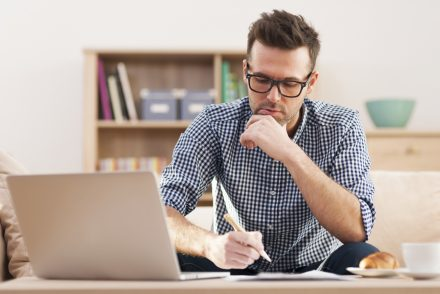 10 Tips For Students to Get a Good Academic Writing Job
