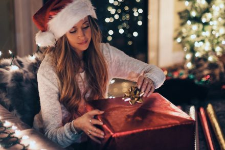 Frugal Ways to Bow Up your Holiday Presents