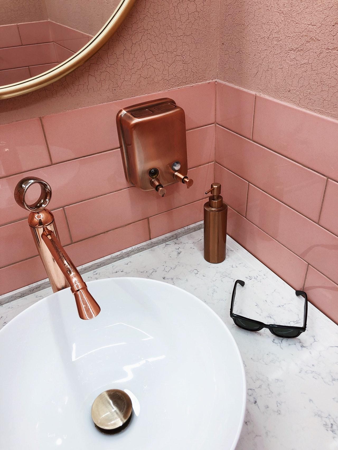 copper bathroom fixtures