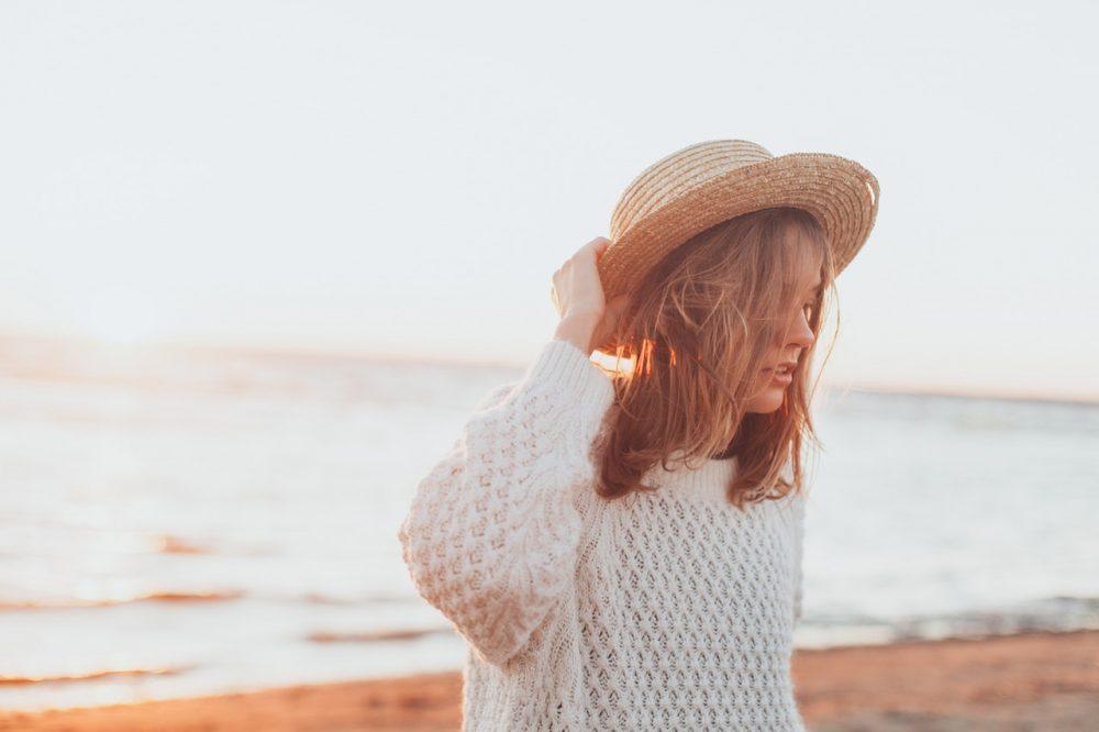 woman wearing a straw hat