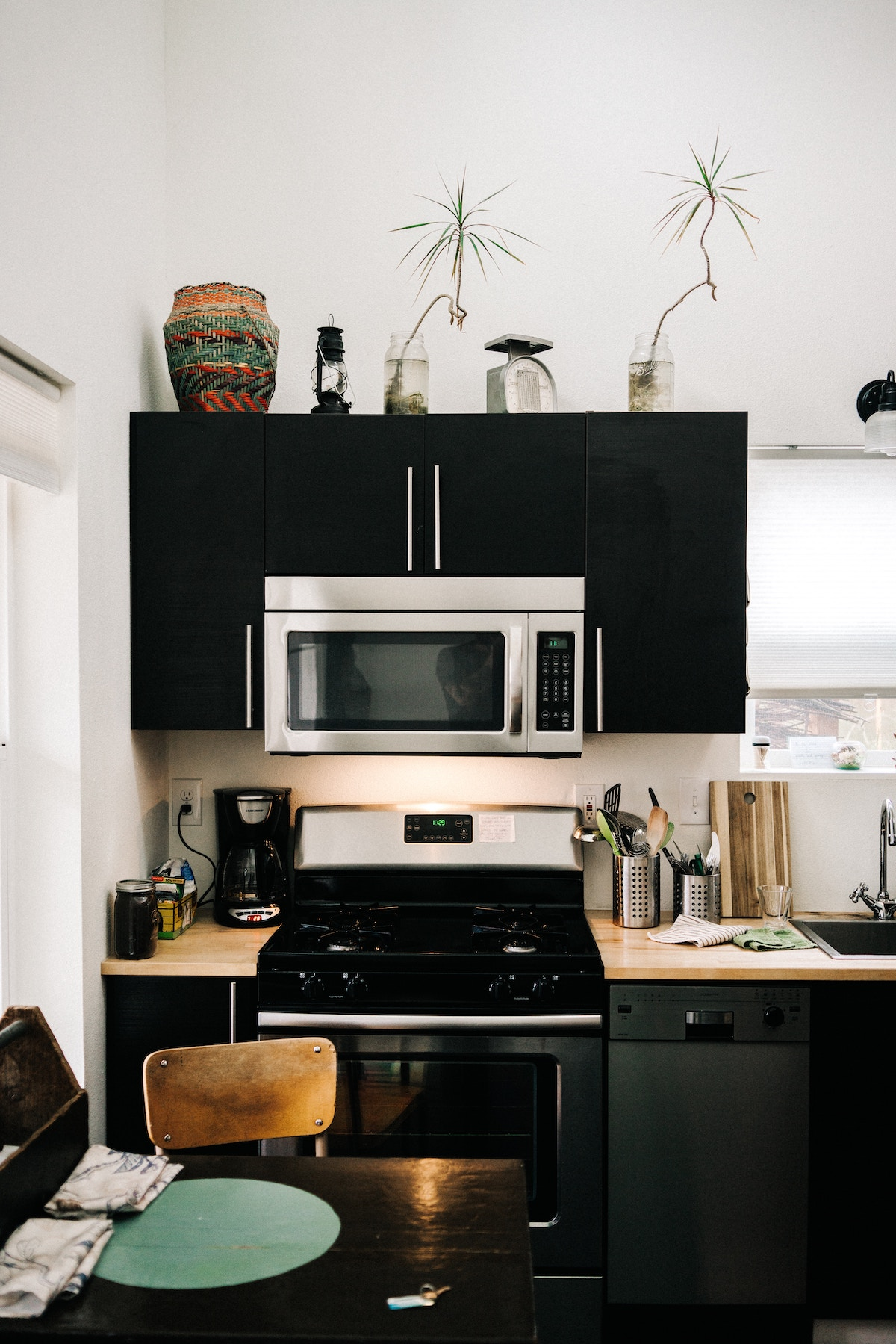 Signs Your Kitchen Appliances Need An Upgrade