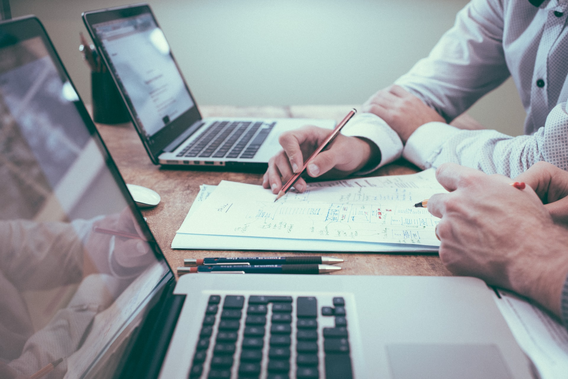 hiring an accountant for online gambling
