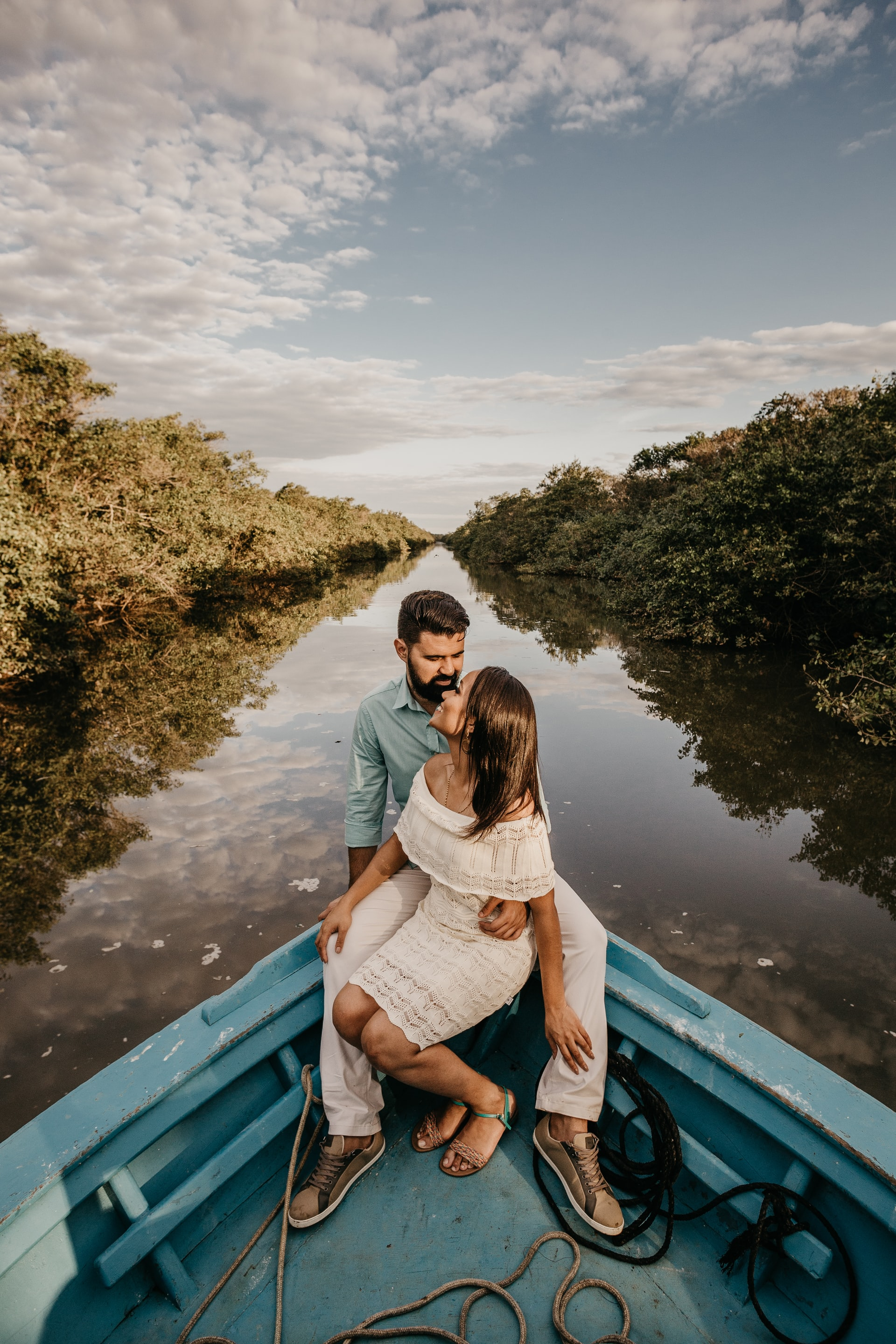 engagement photo on a boat