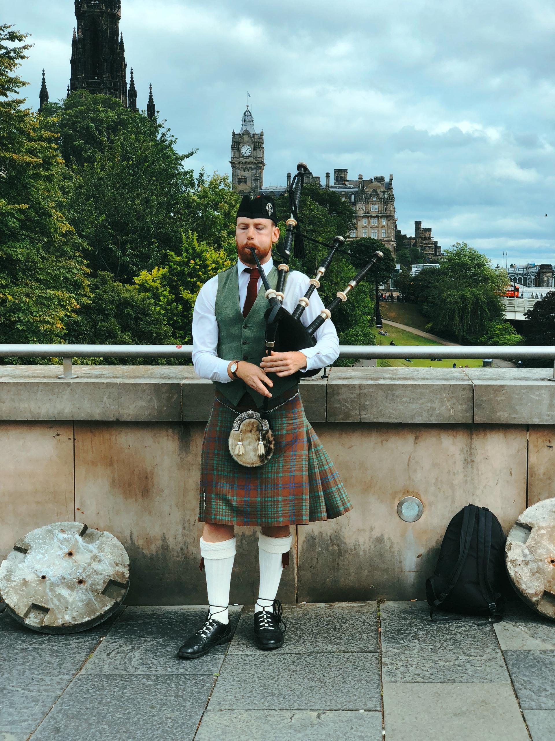 Destination wedding in Scotland