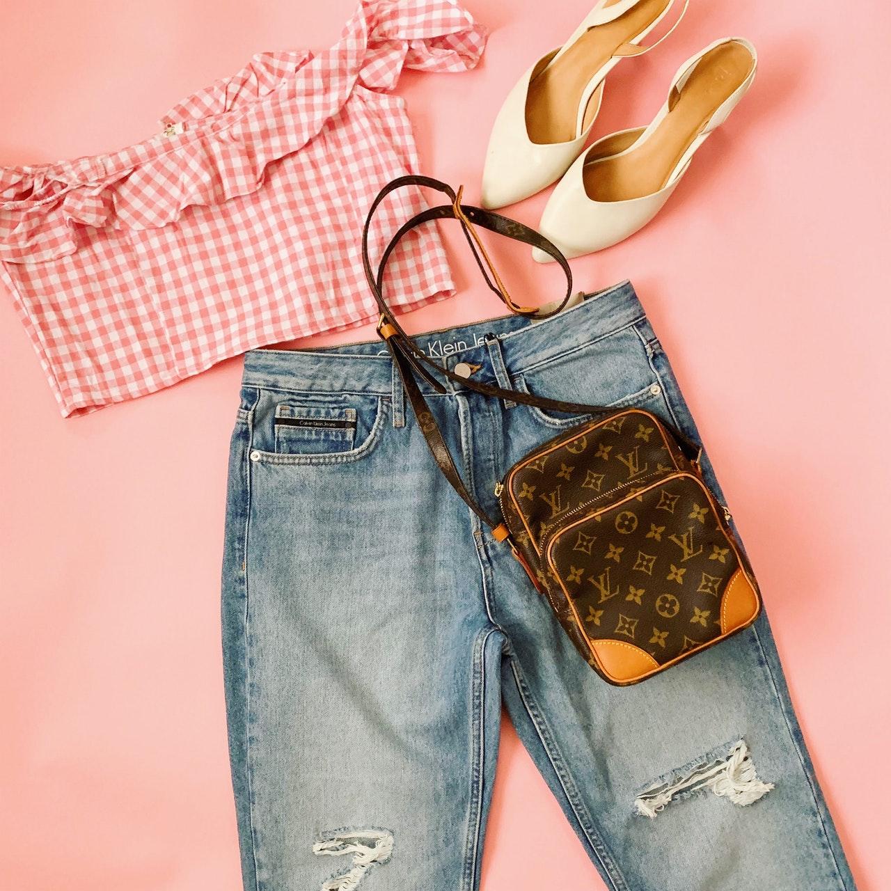 Louis Vuitton bag outfit idea