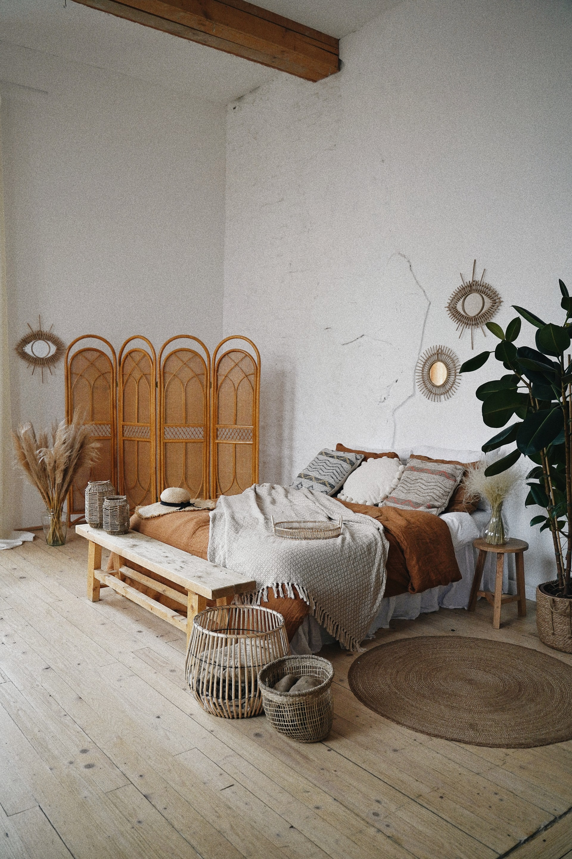 how to decorate a loft space