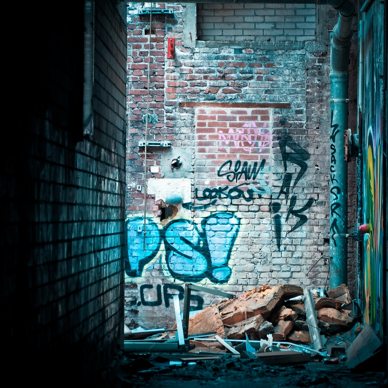 graffiti wall in alley
