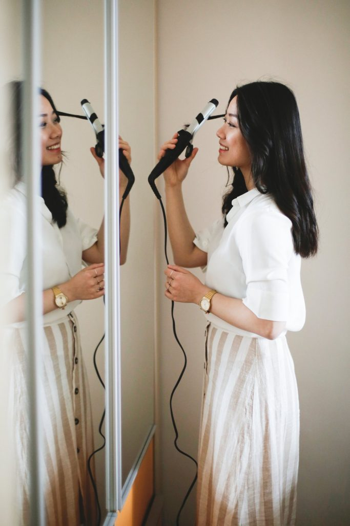 how to safely curl your hair