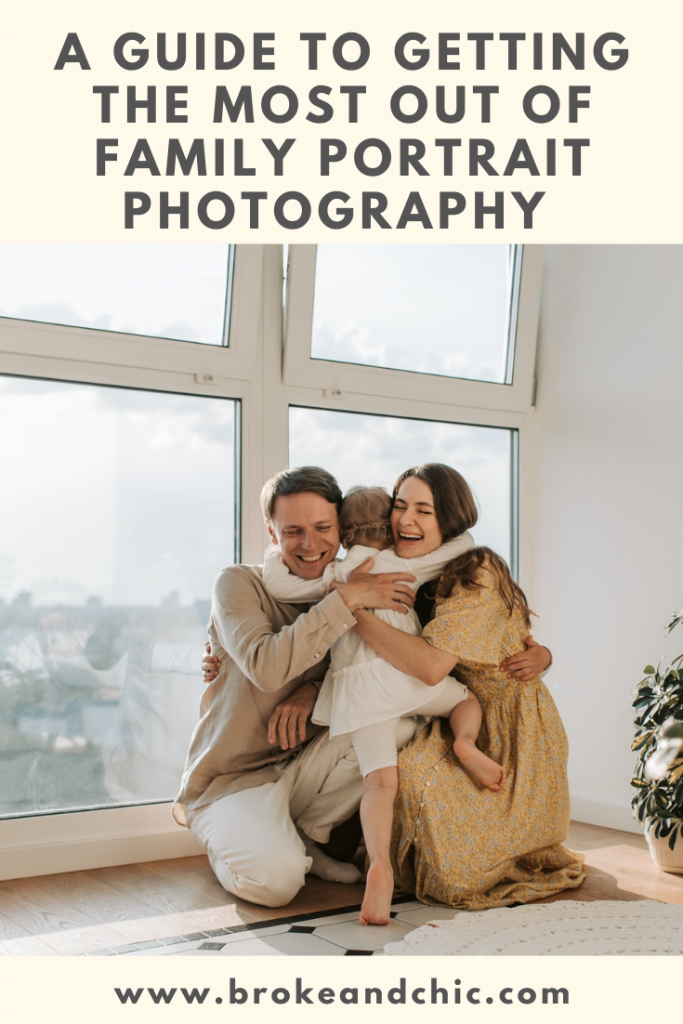 Ways to be a good family portrait photographer.